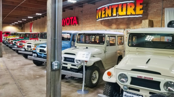 row of FJ40s